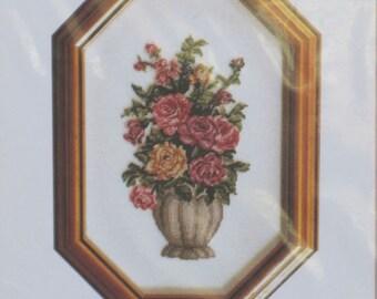 Sweetheart Roses - Needlework Chart - Gitta's G-202