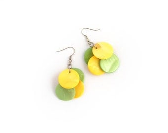Yellow green earrings, dangle earrings, shell discs earrings, summer jewelry, cluster earrings, minimal jewelry