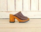 90s vintage brown leather chunky wooden platform clogs/open toe slip on club kid sandals