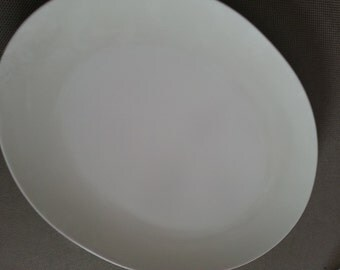 SALE Vintage Boonton Ware Serving Tray White Oval Made in the USA Melmac Simple