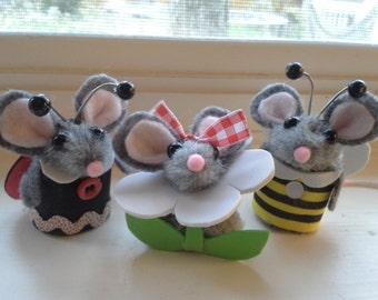 Mouse Finger Puppets The Spring Play