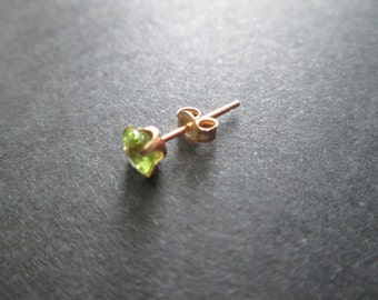 Peridot 14k solid gold single post earring with backing- August birthstone