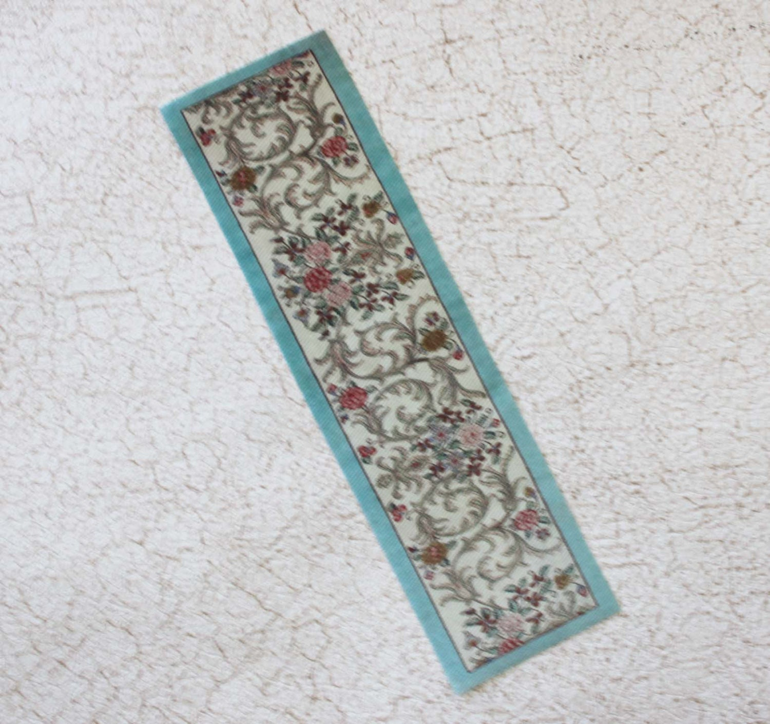 Miniature Carpet Runner Floral With Aqua Border In 1 12 Scale