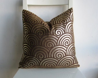 Swirl Shimmer Gold and Brown 16 x 16 Cushion cover