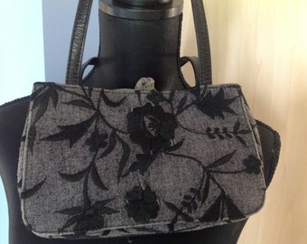 Adreana Caras Small Grey Bag with Embroidery