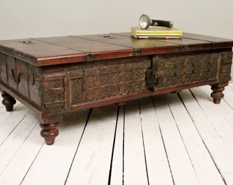 Antiqu Trunk Coffee Table