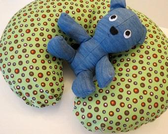 Boppy Nursing Pillow Cover: Colorful Stars on Green Organic Cotton