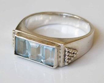 Aquamarine gemstone ring - Sterling Silver - rectangular shape - 3 stones - Handmade Jewelry
