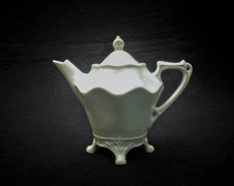 1970s Maryland China Teapot