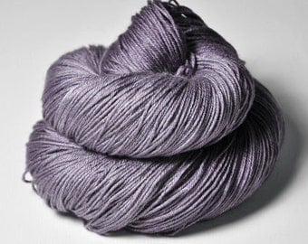 Withered lupin - Merino/Silk Fingering Yarn Superwash
