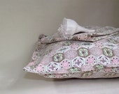 Pair of Vintage Mid Century Cottage Decorator Pillow Covers Cases