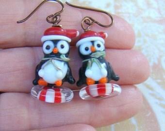Christmas penguin earrings // Penguin Lampwork Glass Earrings // Beaded Holiday Earrings // Penguins and Peppermint Earrings - HO0004