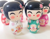 """WHITE Momo chan - 1 Wooden Japanese Kokeshi doll (2.75""""x1.5"""" at widest points)"""