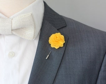 Yellow carnation Lapel pin, Mens lapel flower Boutonniere, Lapel Flower pin, mens boutonniere, flower lapel pin, mens gift,