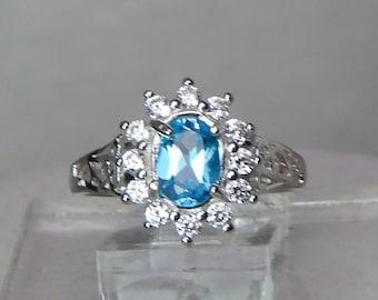 Blue topaz Christmas ring,Blue Topaz engagement ring,Blue Topaz sterling fashion ring,Blue topaz cocktail ring,Sterling blue topaz ring