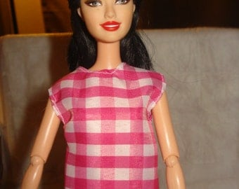 Fashion Doll Coordinates - Pink and white checked sleeveess blouse - es273