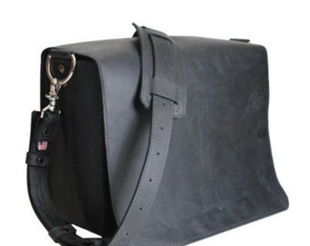 "10"" Black Brooklyn Mission iPad Tablet Bag"