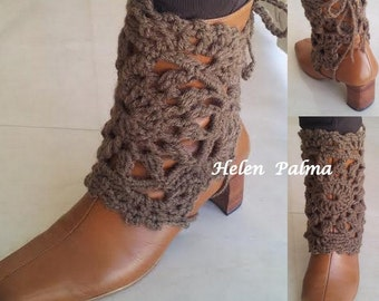 Crocheted legwarmers, bootcuffs