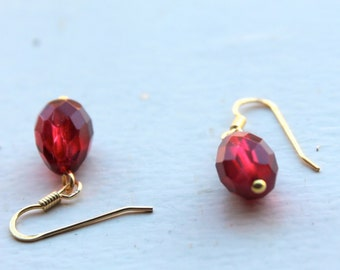 wine red drop jewelry-vintage style- gold plated14k sterling silver wires- red crystal facet teardrops- red bride