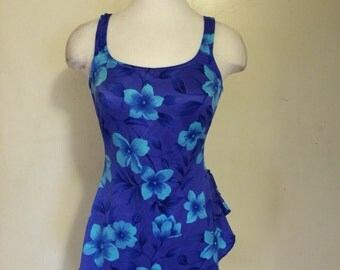 Maxine of Hollywood . Size. 16. Floral. Swimsuit. Beach . Skirt. Blues