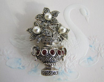 Sterling Silver Marcasite Brooch/Pin with pearl and carnelian, Gorgeous gift for mother