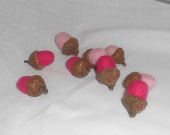 9 Needle Felted Acorns - Pinks - FREE SHIPPING to US and Canada