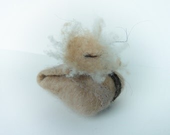 Tiny wool pouch. Small felted bag. Tooth fairy pouch. Eco friendly jewelry bag. November snow