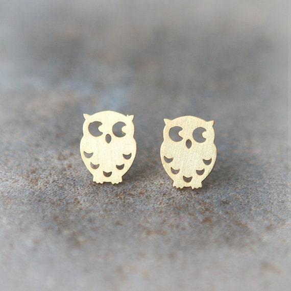 Cute Owl earrings in gold