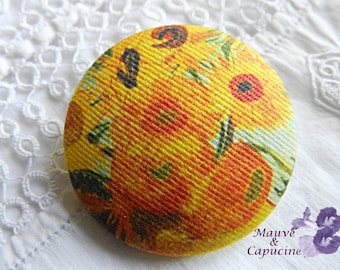 Button out of fabric, printed Van Gogh