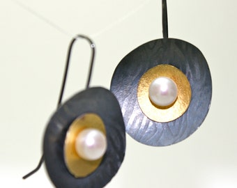 Black and Gold Earrings with Pearl