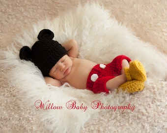 Red Mickey Mouse crochet outfit for newborn baby