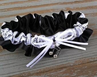 Music Love Black & White Music Note Satin Wedding Garter With Rhinestone Music Note Charm Bridal Keepsake Or Garter Set