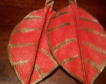 Leather earrings, leaf design. (Larger size)