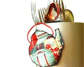 LITTLE SOMETHING for your KITCHEN, Fridge Magnet, cute teapot, Red Green