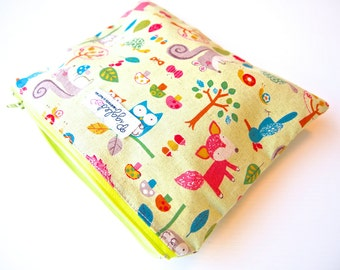 Small Zippered Wet Bag Pouch with Waterproof Lining - Woodland Animals (Green)