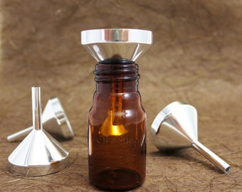5 small metal funnel for small vials / bottles
