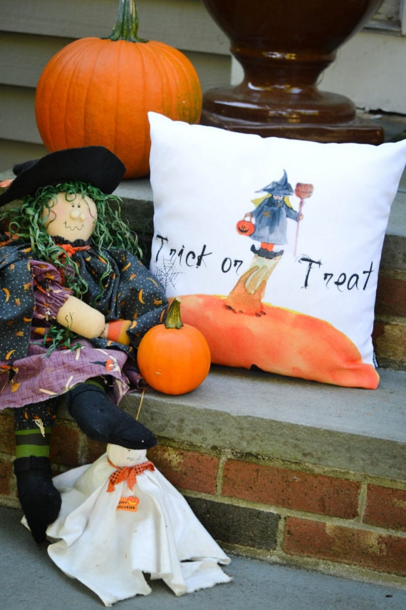 Outdoor pillow cover, Trick or Treat Little Witch, jack-o-lantern