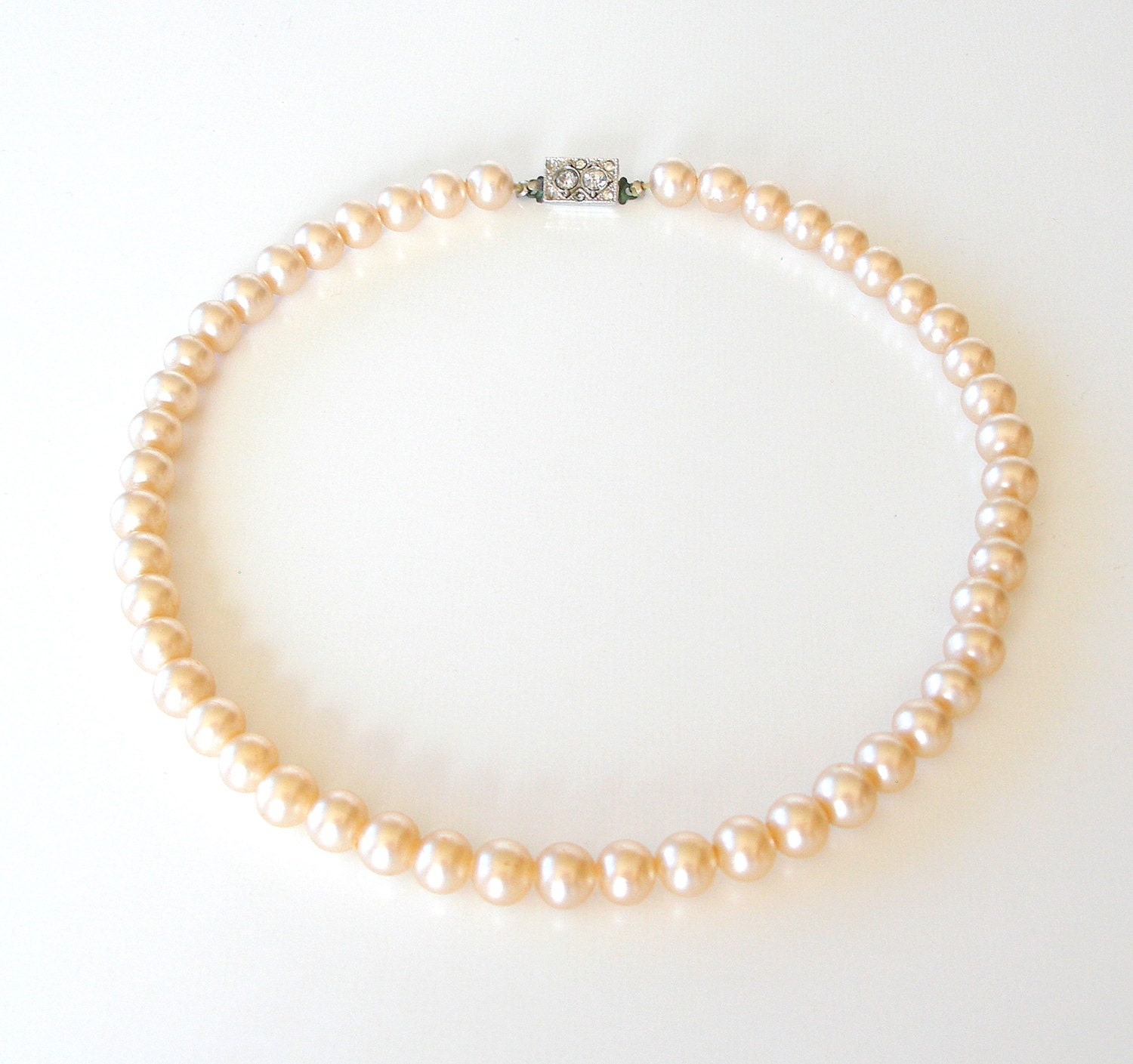 Vintage Faux Pearl Necklace Choker 1950s Champagne Pink