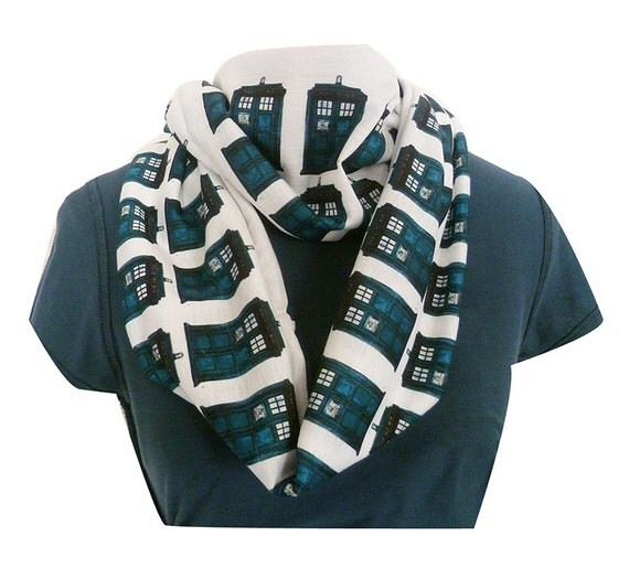 Dr who Scarf, Tardis Scarf, Whovian Clothing, Womens Scarf, Infinity Geek Scarves, ROOBY LANE