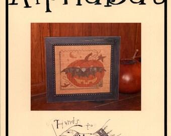 Werk in handen: Alphabat (OOP) - Cross Stitch patroon