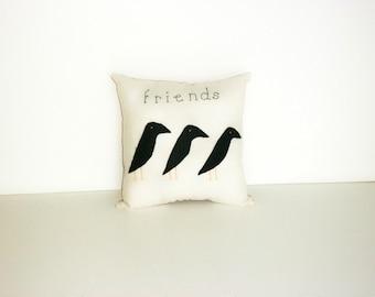 Crow Primitive Pillow, Original Design, Stitchery, Folk Art, Homespun Pillow, Cottage Chic, Cushion, Country Decor, Applique Pillow