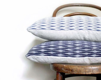 Blue and White Chevron Recycled Decorative Pillow / Cushion Cover. Linen. Vintage kimono silk and linen. LAST ONE. On SALE