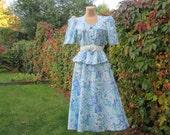 Long Dress Vintage / with Basques / Size EUR38 / UK10 / Elastic Waist / Blue / White / Mint