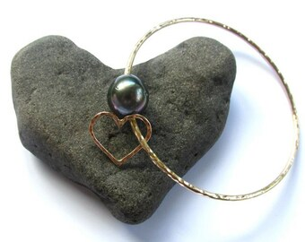 Genuine Tahitian Pearl Bangle, Hammered Heart, Love, June Birthstone, Anniversary, Christmas Gift Idea, Handmade Maui, Personalized Bracelet