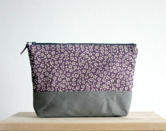 Big cosmetic Bag Large make up case in Plum Clutch Bridesmaids clucth Purple