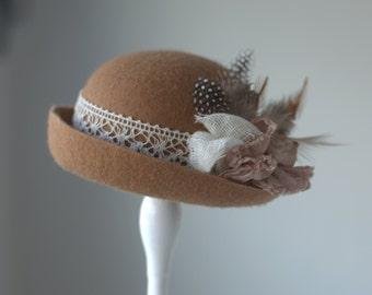Newborn Felt Cloche Hat. Feathered Baby Cloche Hat. Baby Cloche Hat.Vintage style Cloche Hat. Felt Cloche.Newborn Photography Prop.UK SELLER