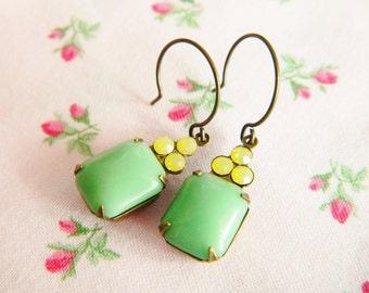 Mint Green Earrings, Jadeite Earrings, Yellow Opal Earrings, Pastel Earrings, Green Vintage Earrings, Dainty Earrings, Romantic Earrings