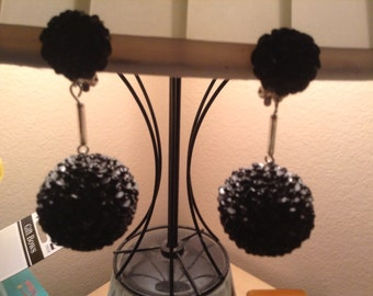 Fabulous 1960s Glam Dangle Ball Earrings Shiny Black Showstoppers