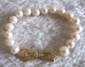 Pearl Bracelet -8 Inches 9-10mm White AA Freshwater Pearl Bracelet 2H Golden Color Clasp - Free shipping