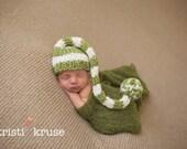 Green Apple and Cream Chunky Striped Sleepy Cap, Newborn Photography Prop, Elf Hat